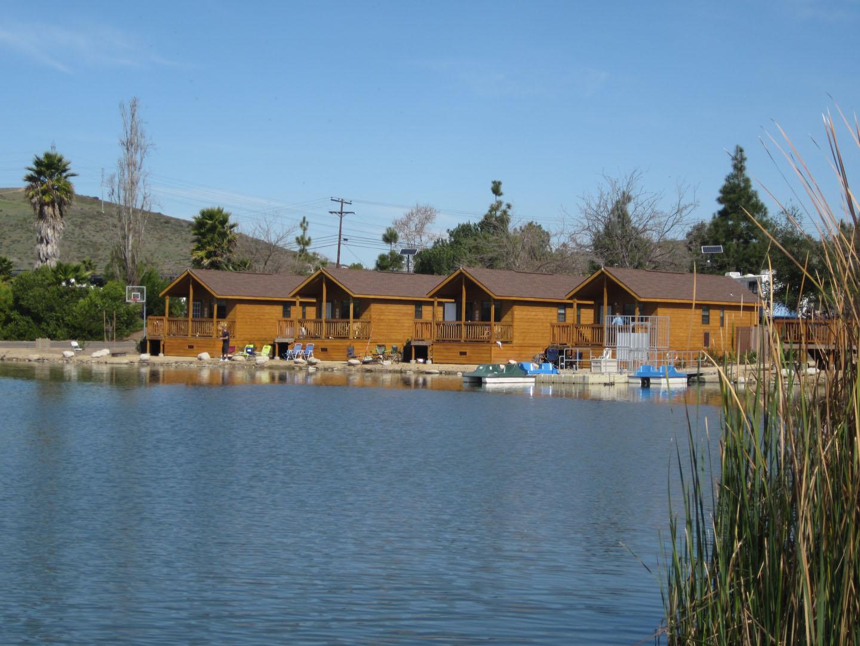 Santee Lakes4